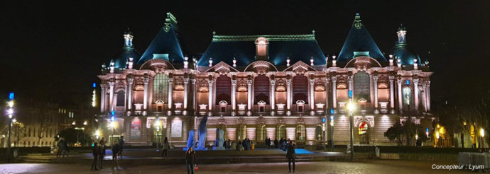 Palais des Beaux-Arts et Place de la République à Lille