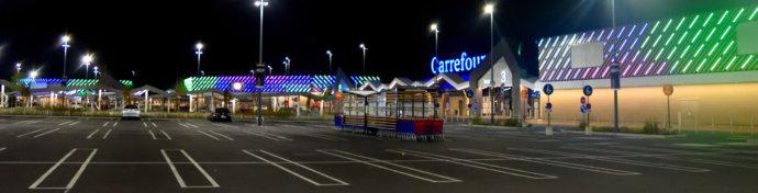 127 Hyper Carrefour en France